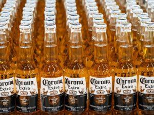 «El 38% de los estadounidenses no comprarían cerveza Corona» bajo ninguna circunstancia «debido al coronavirus».